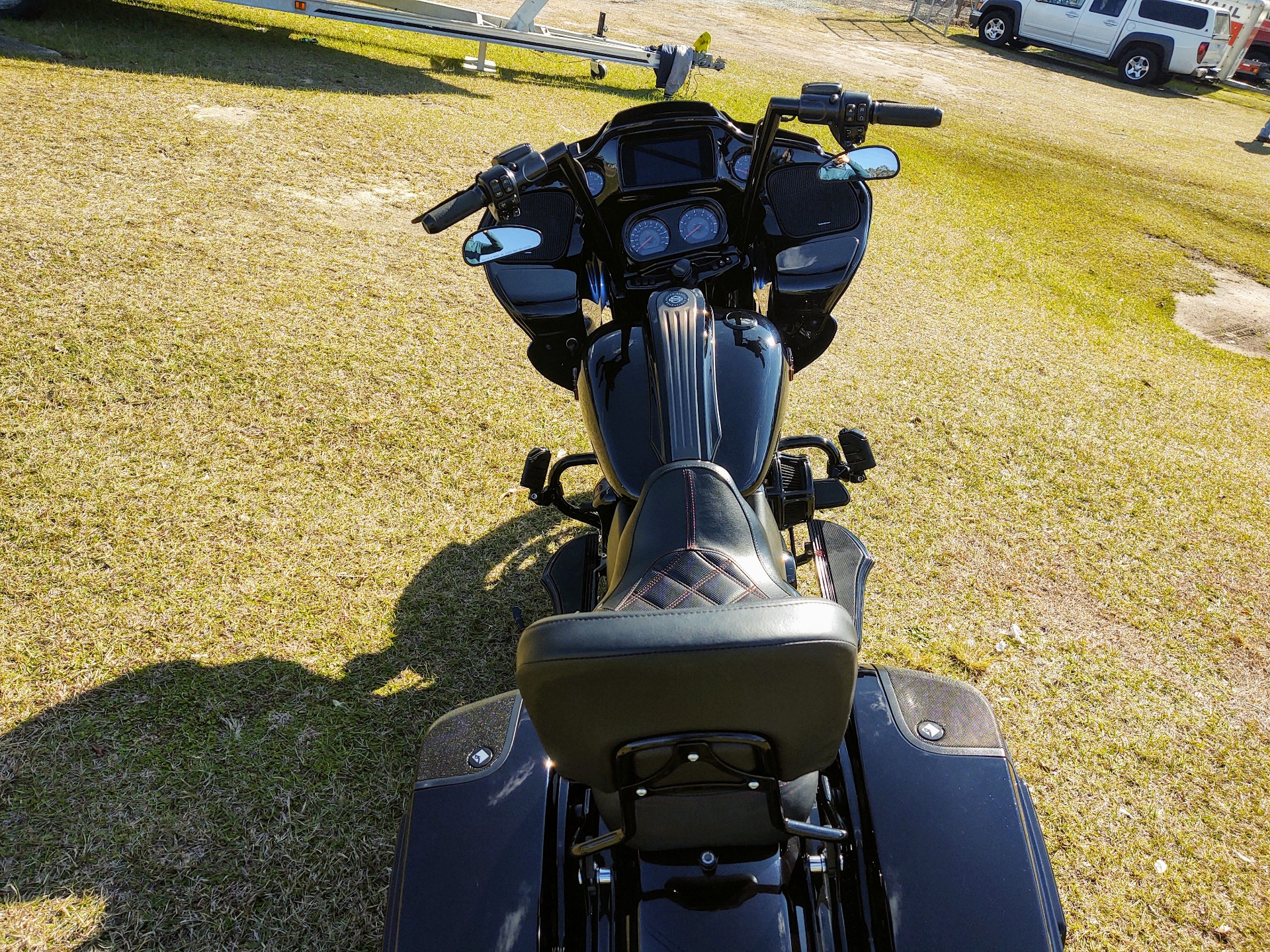 2019 Harley-Davidson CVO™ Road Glide® in Pensacola, Florida - Photo 21