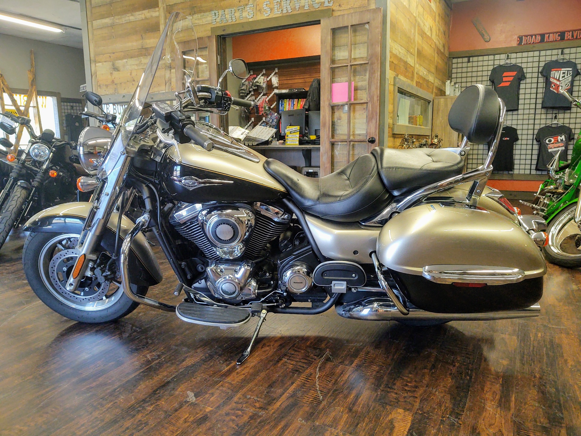 2013 Kawasaki Vulcan® 1700 Nomad™ in Pensacola, Florida - Photo 6