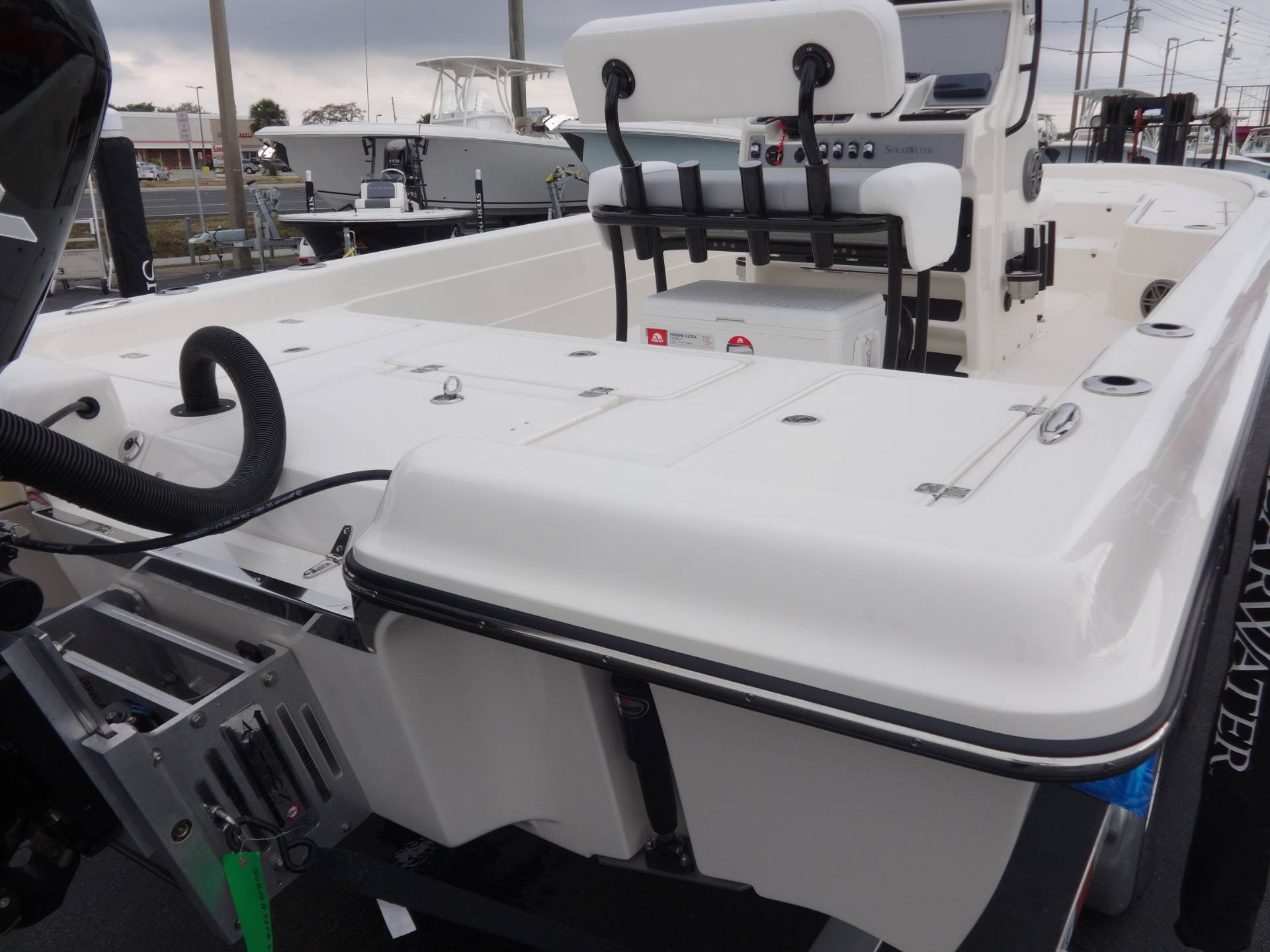 2018 ShearWater 23FS in Holiday, Florida