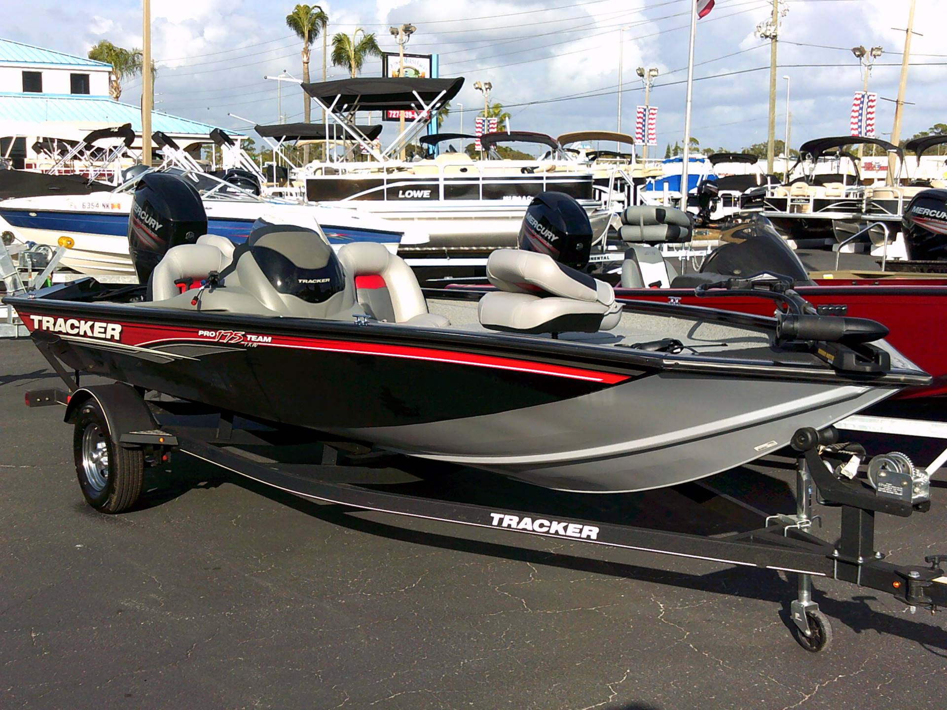 2017 Tracker Pro Team 175 TXW in Holiday, Florida