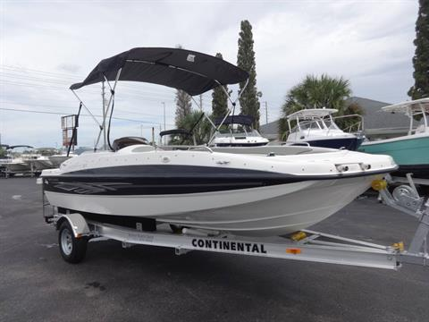 2012 Bayliner 197 Deck Boat in Holiday, Florida