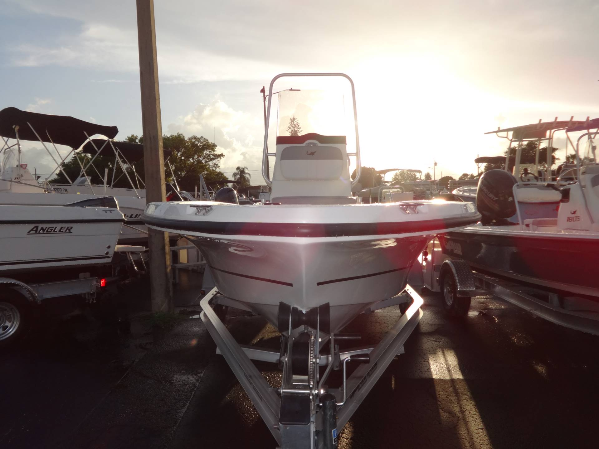2018 Mako 19 CPX in Holiday, Florida - Photo 8