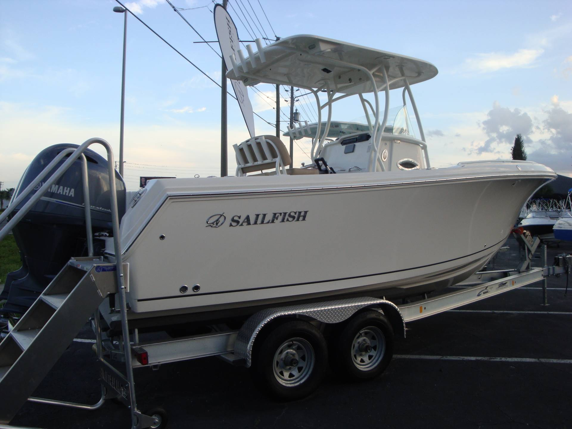 2019 Sailfish 242 CC in Holiday, Florida - Photo 10