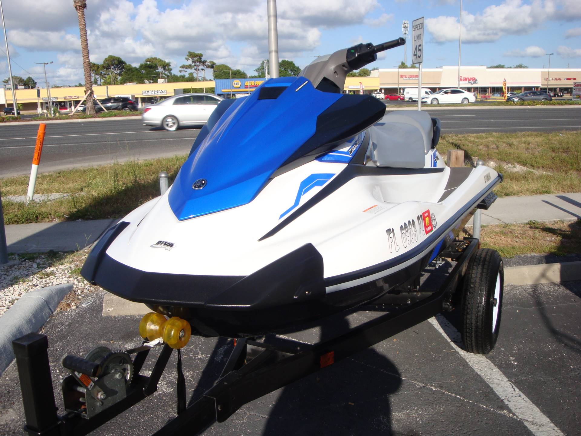 2015 Yamaha VX® in Holiday, Florida - Photo 2