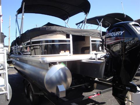 2018 Sun Tracker Party Barge 22 DLX in Holiday, Florida