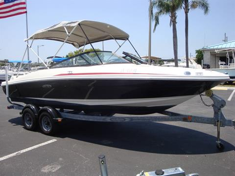 2012 Sea Ray 205 Sport in Holiday, Florida
