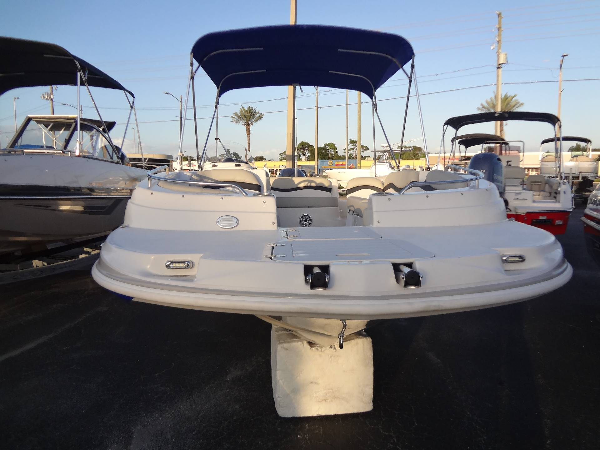 2019 Starcraft Limited 2000 OB in Holiday, Florida - Photo 2