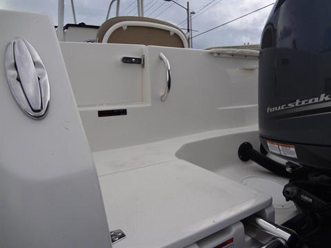 2020 Sailfish 242 CC in Holiday, Florida - Photo 20