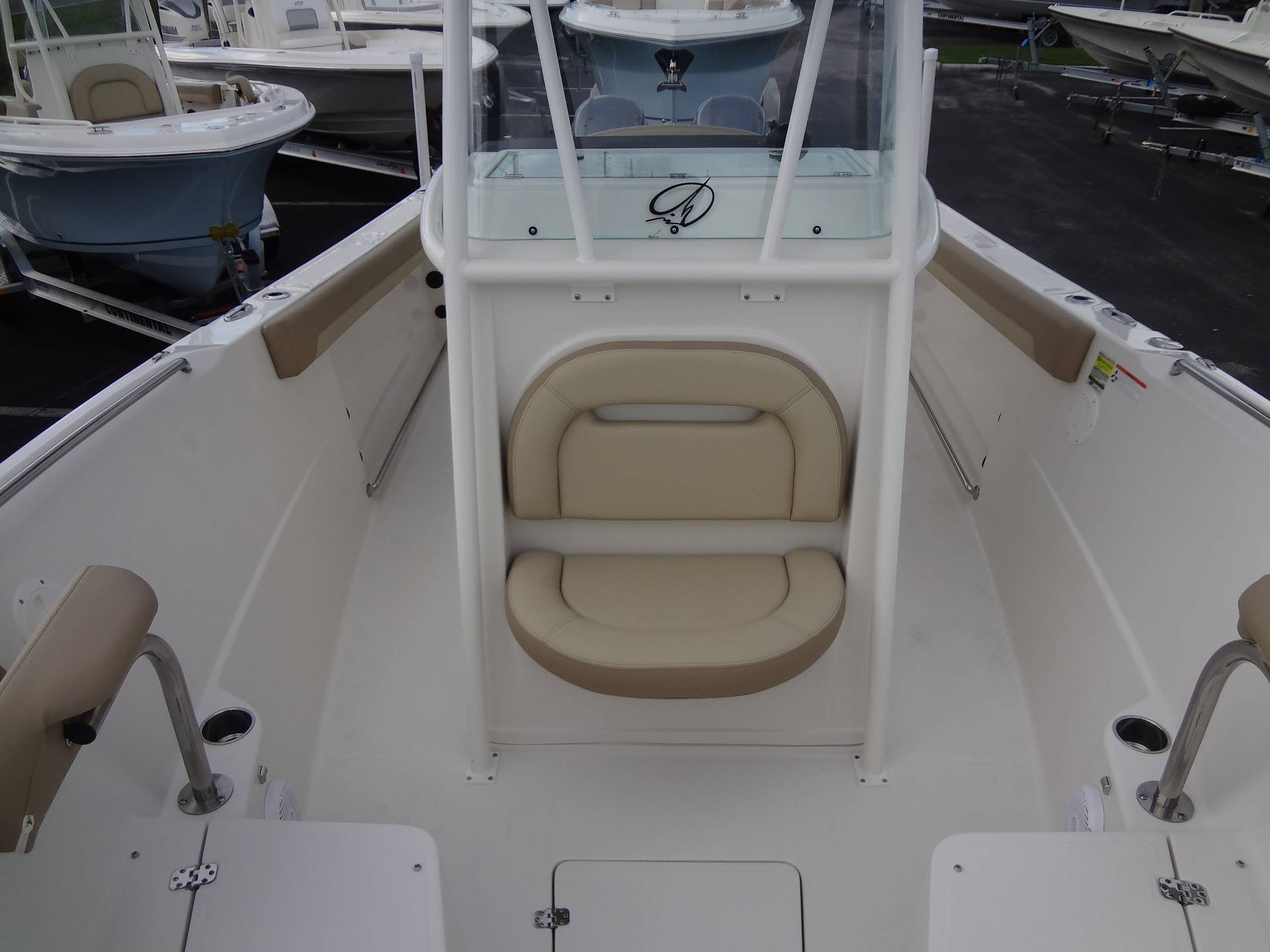 2020 Sailfish 242 CC in Holiday, Florida - Photo 45