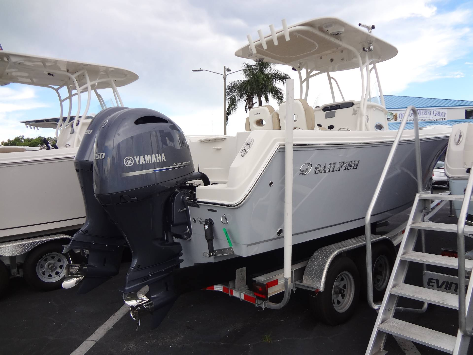 2020 Sailfish 242 CC in Holiday, Florida - Photo 5