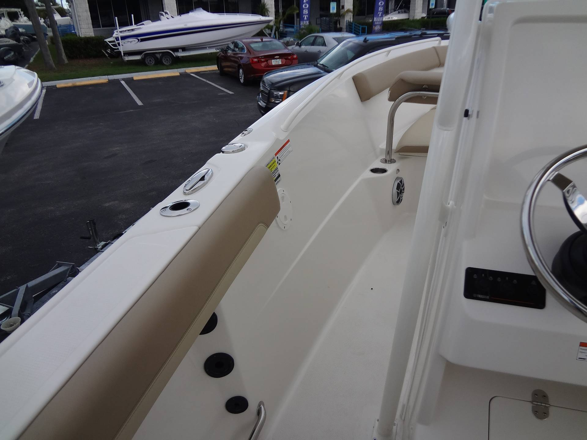 2020 Sailfish 242 CC in Holiday, Florida - Photo 22
