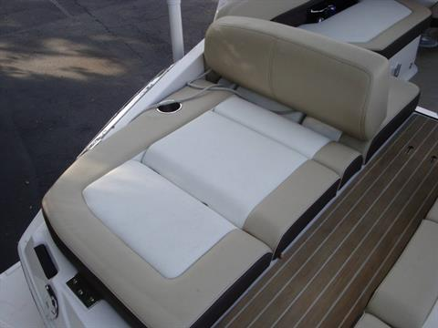 2014 Regal 2500 Bowrider in Holiday, Florida - Photo 14