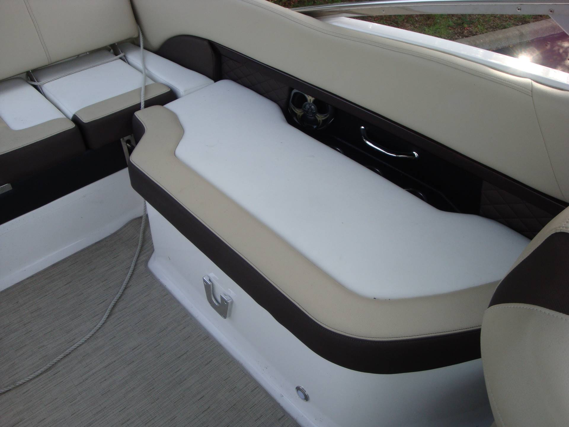 2014 Regal 2500 Bowrider in Holiday, Florida - Photo 26