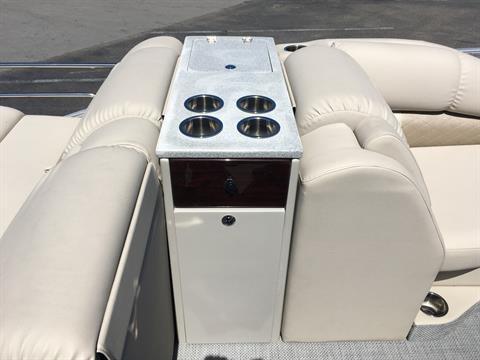 2017 Lowe Infinity 270 CL in Holiday, Florida
