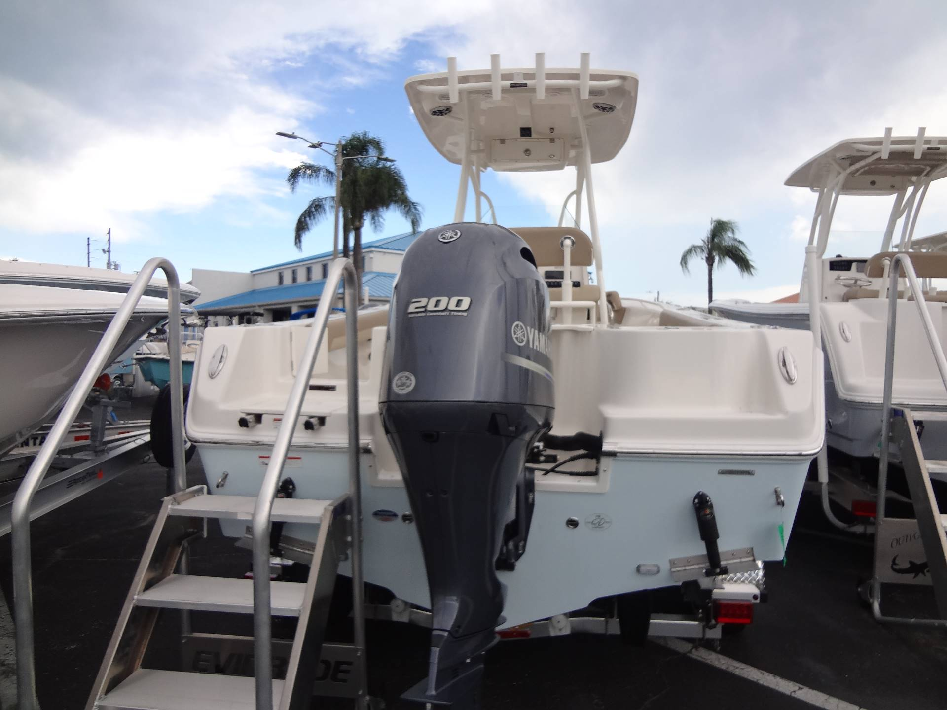 2020 Sailfish 220 CC in Holiday, Florida - Photo 8