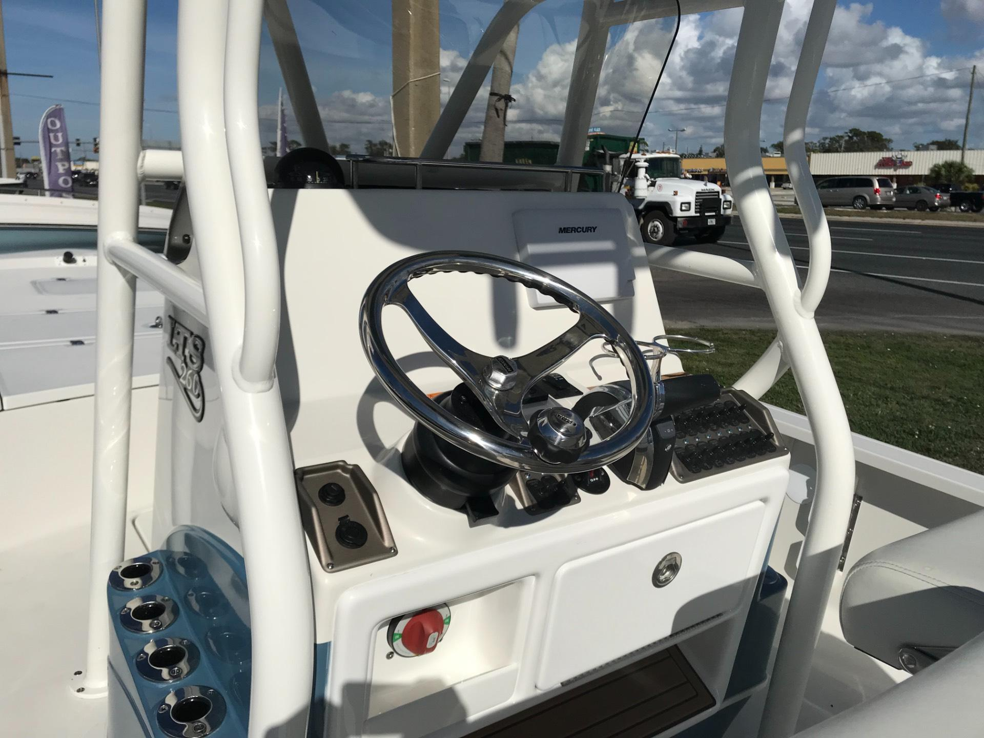 2018 Triton 260 LTS Pro in Holiday, Florida