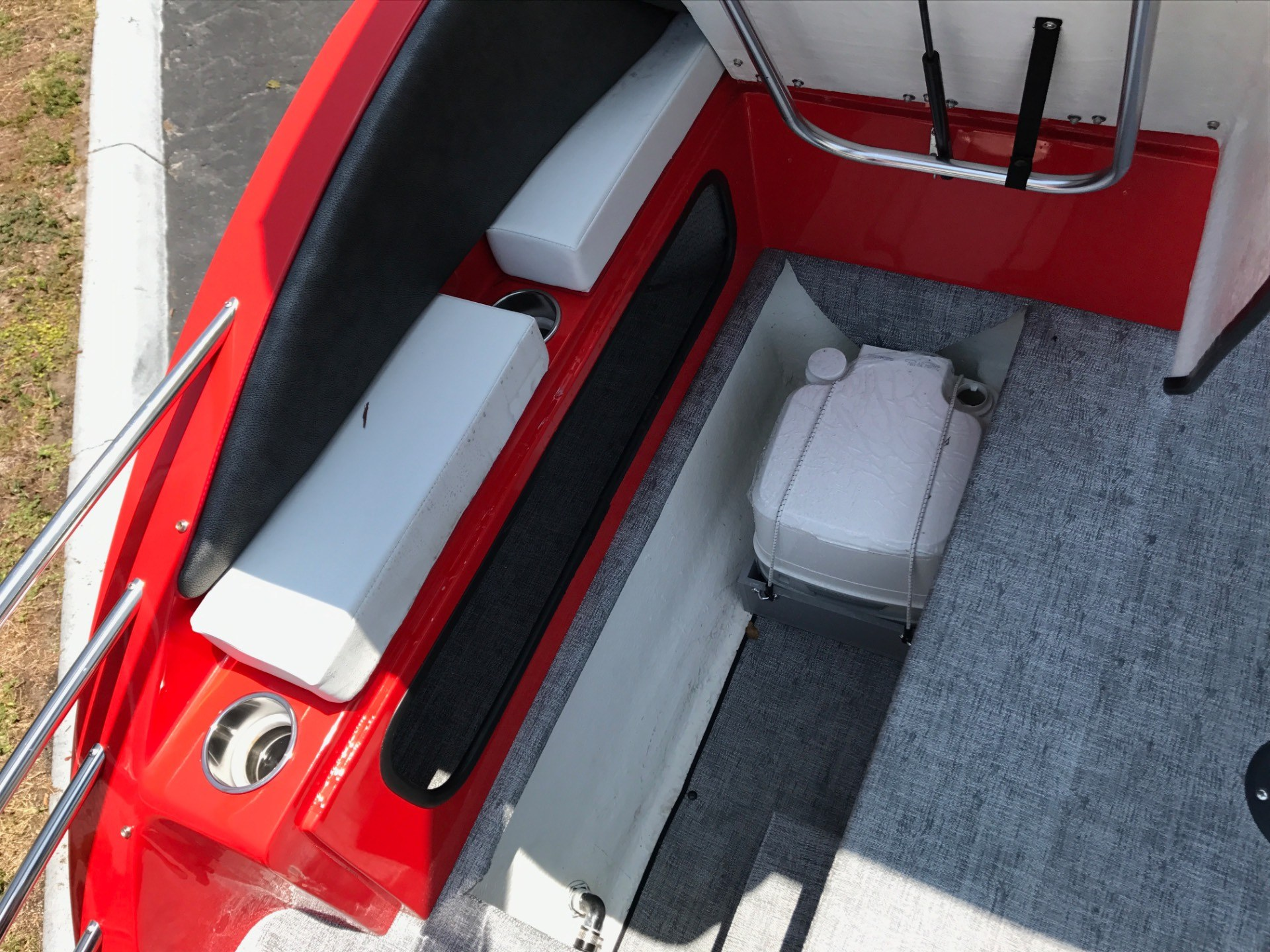 2017 Caravelle 236 FS in Holiday, Florida