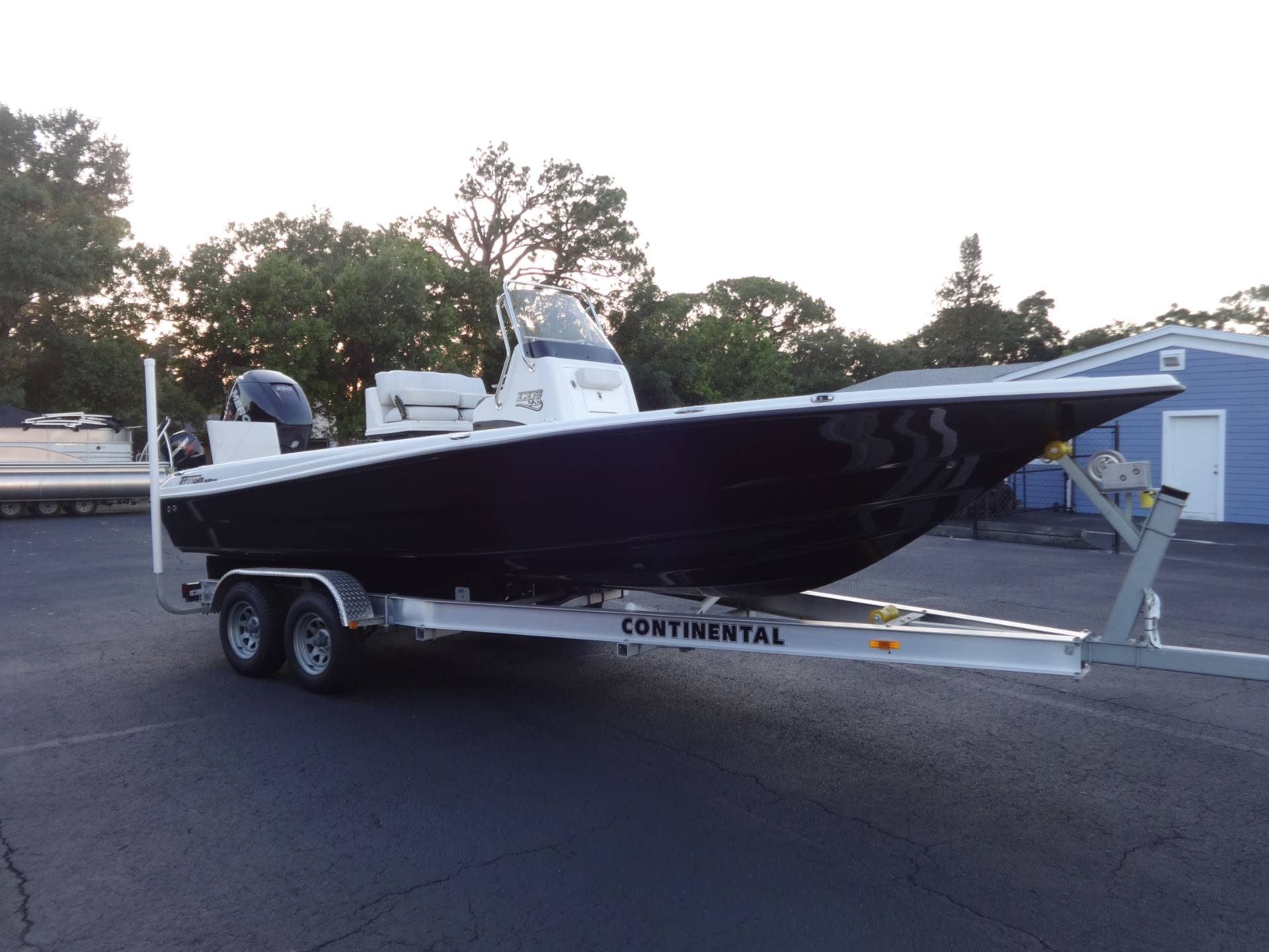 2018 Triton 220 LTS PRO in Holiday, Florida - Photo 1