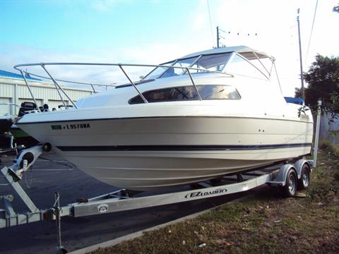 2003 Bayliner 2252 Classic Cruiser in Holiday, Florida