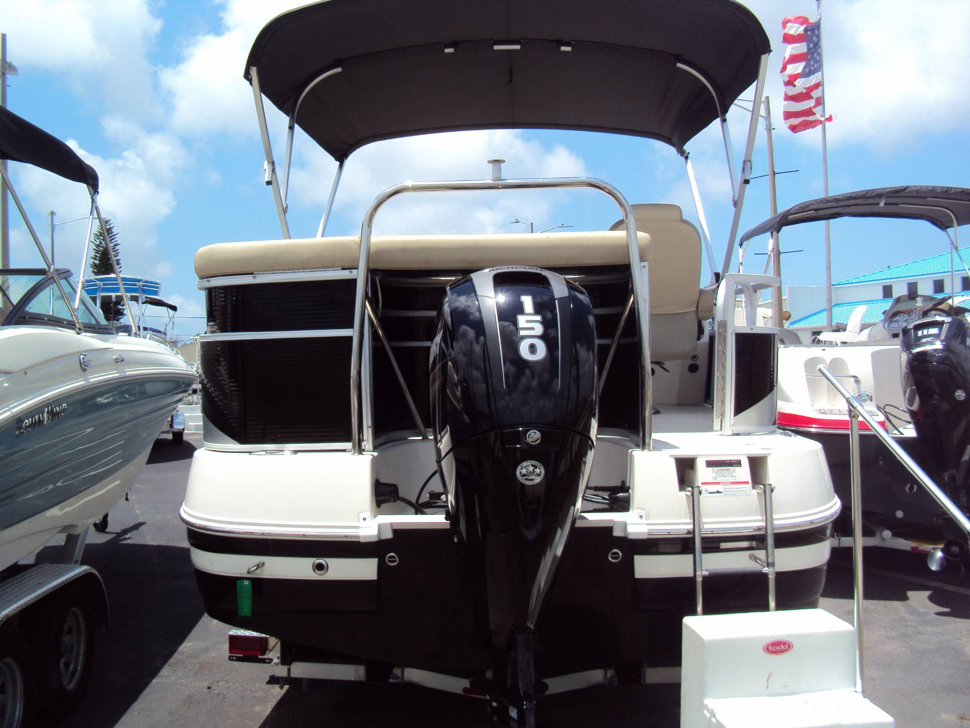 2017 SouthWind 229 FS in Holiday, Florida