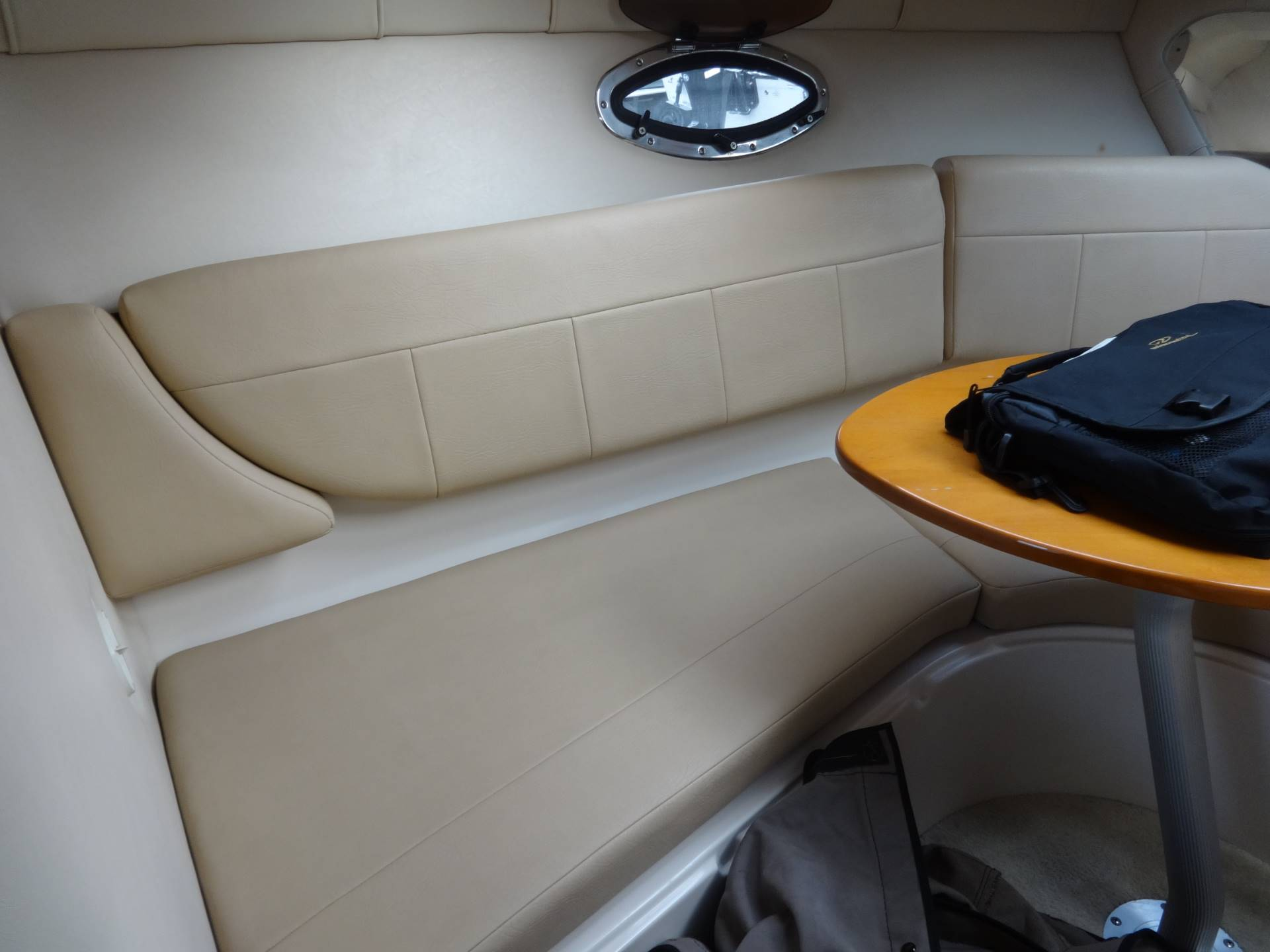 Used 2009 Regal 2565 Window Express Power Boats Inboard in Holiday, Florida Traditional Bathroom Design E A on