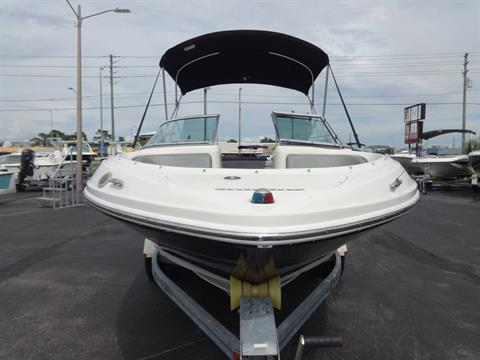 2009 Sea Ray 205 Sport in Holiday, Florida - Photo 3