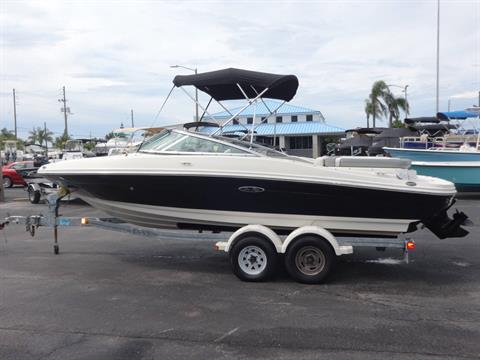 2009 Sea Ray 205 Sport in Holiday, Florida - Photo 9