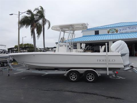 2016 Robalo 246 Cayman in Holiday, Florida