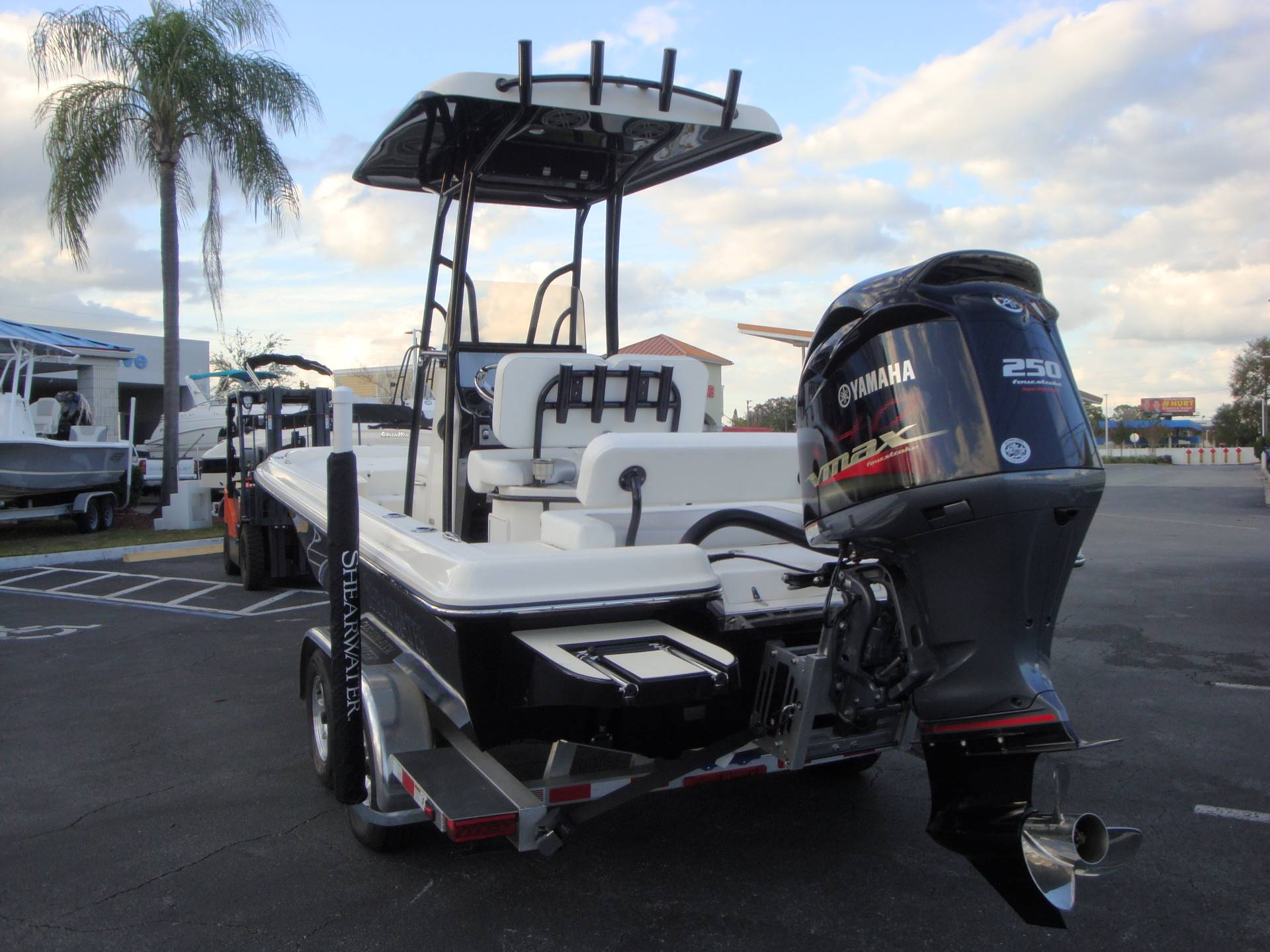 2019 ShearWater 23LTZ in Holiday, Florida - Photo 11