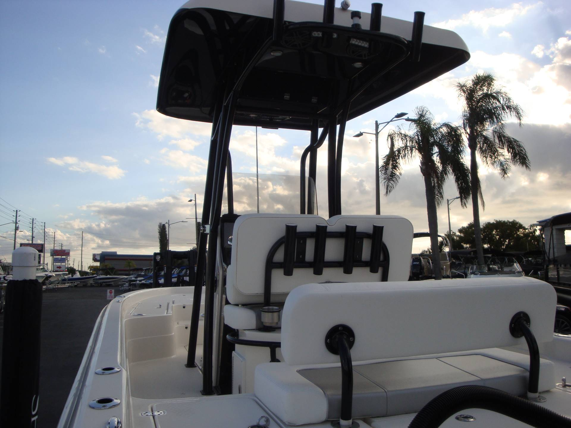 2019 ShearWater 23LTZ in Holiday, Florida - Photo 23