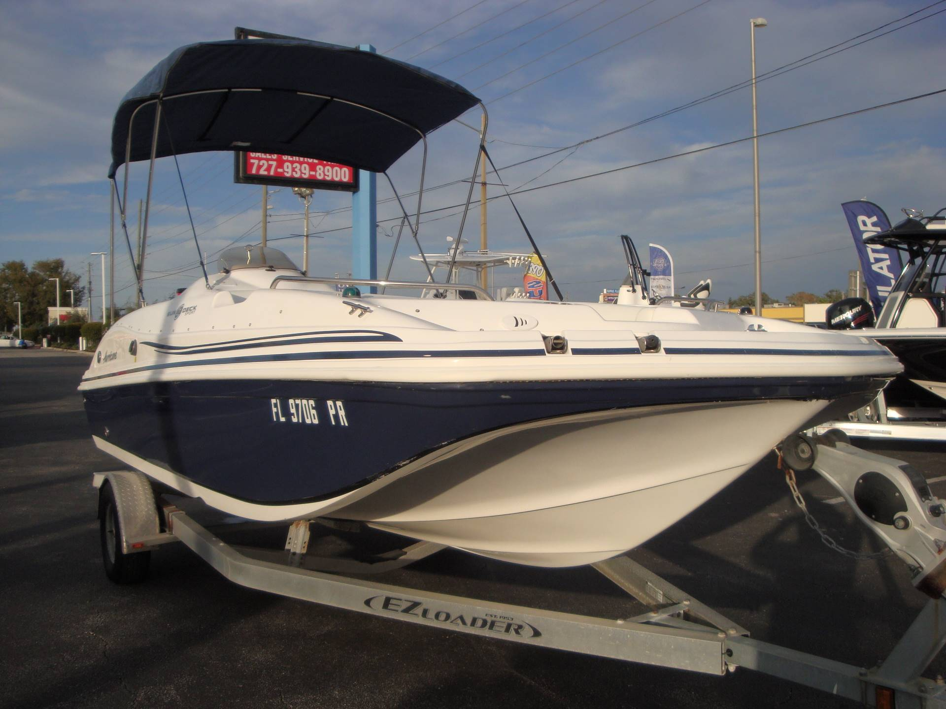 2014 Hurricane SunDeck Sport 188 OB in Holiday, Florida - Photo 4