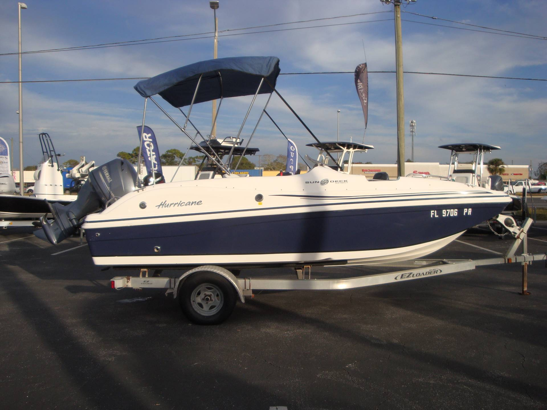 2014 Hurricane SunDeck Sport 188 OB in Holiday, Florida - Photo 7