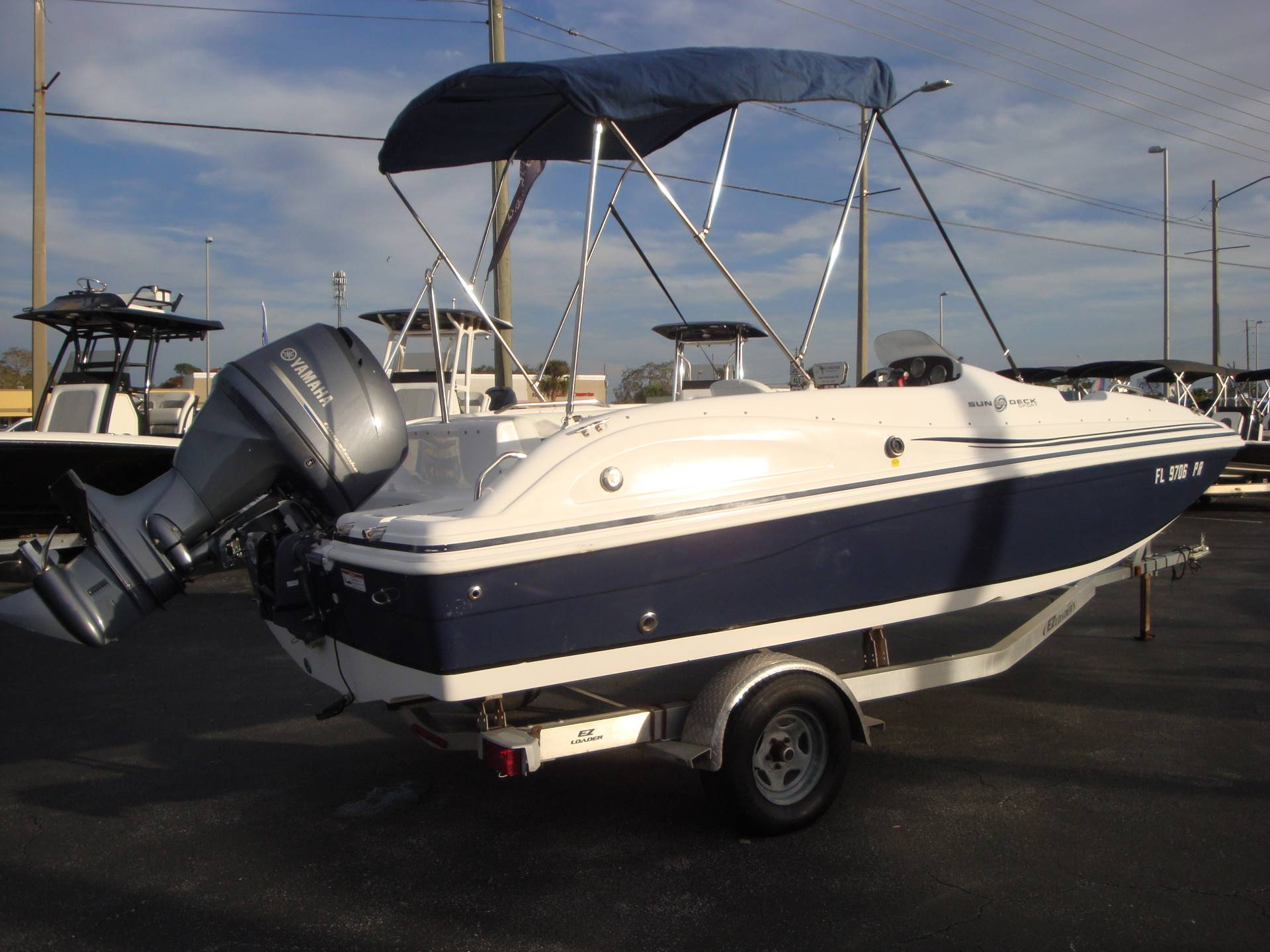 2014 Hurricane SunDeck Sport 188 OB in Holiday, Florida - Photo 9