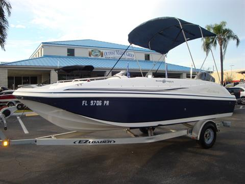2014 Hurricane SunDeck Sport 188 OB in Holiday, Florida - Photo 17