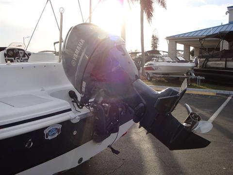 2014 Hurricane SunDeck Sport 188 OB in Holiday, Florida - Photo 19