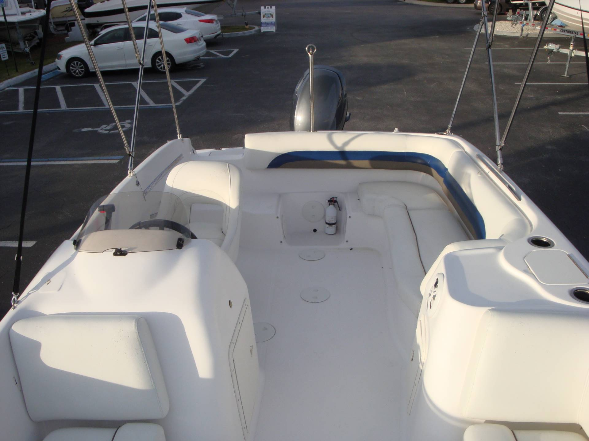 2014 Hurricane SunDeck Sport 188 OB in Holiday, Florida - Photo 36