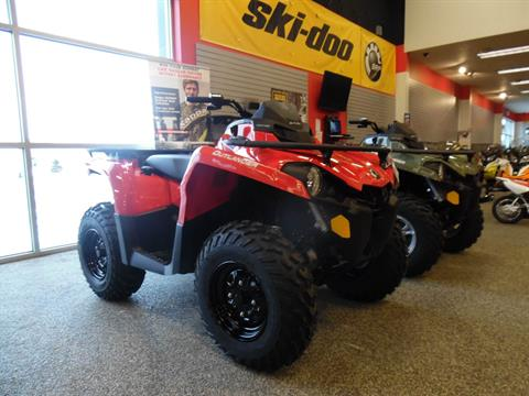 2017 Can-Am Outlander 570 in Menominee, Michigan