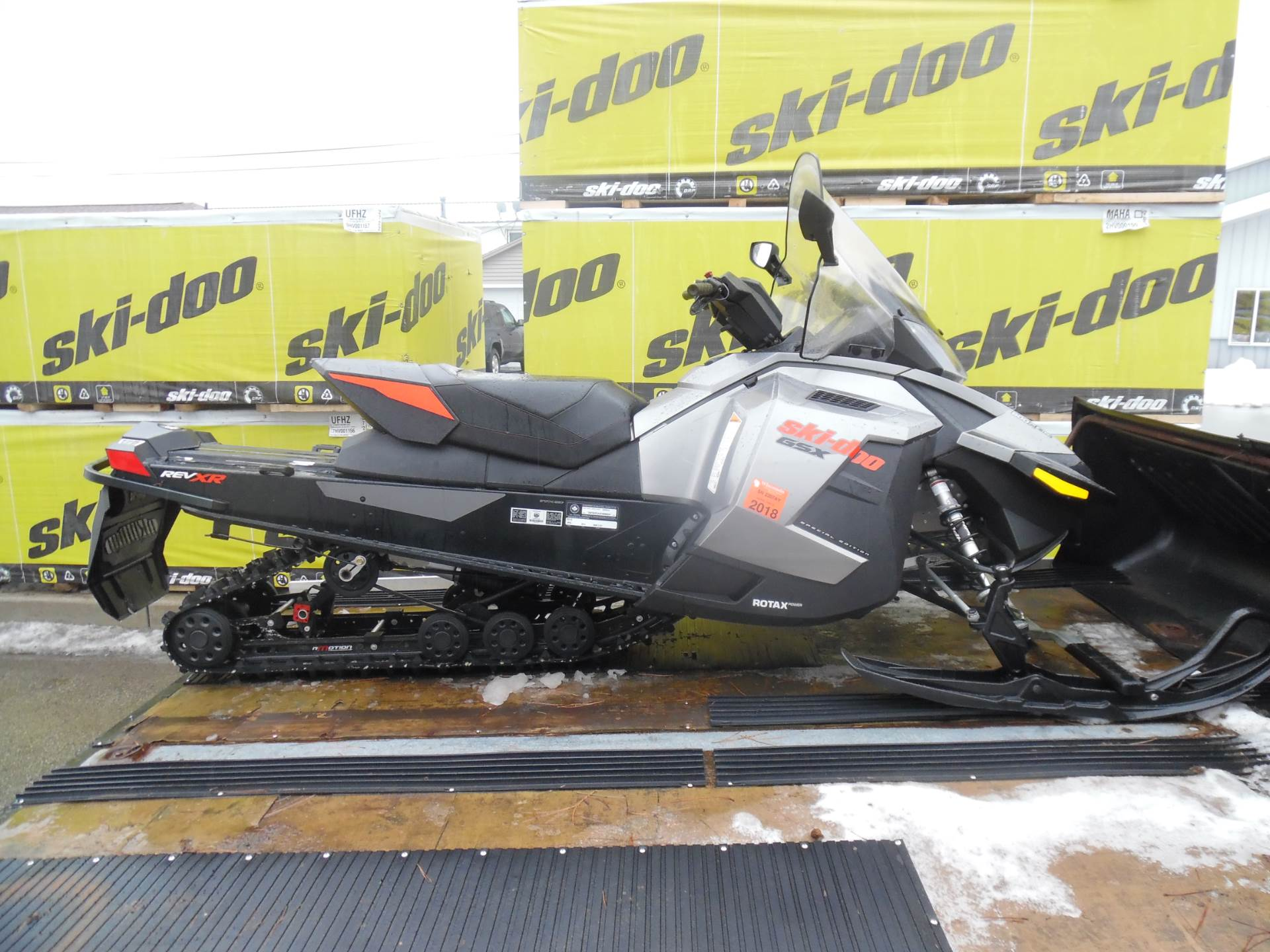 Ski Doo Snowmobile Repair And Maintenance Manuals >> 2012 Ski Doo Gsx Se E  Tec