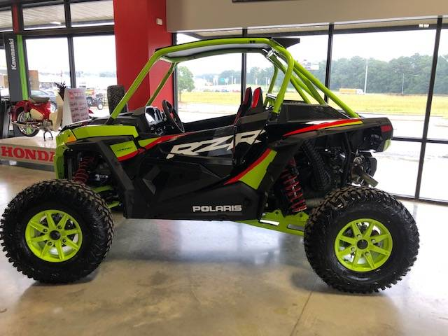 2021 Polaris RZR Turbo S Lifted Lime LE in Bessemer, Alabama - Photo 1