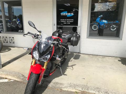 2018 BMW S 1000 R in Chico, California