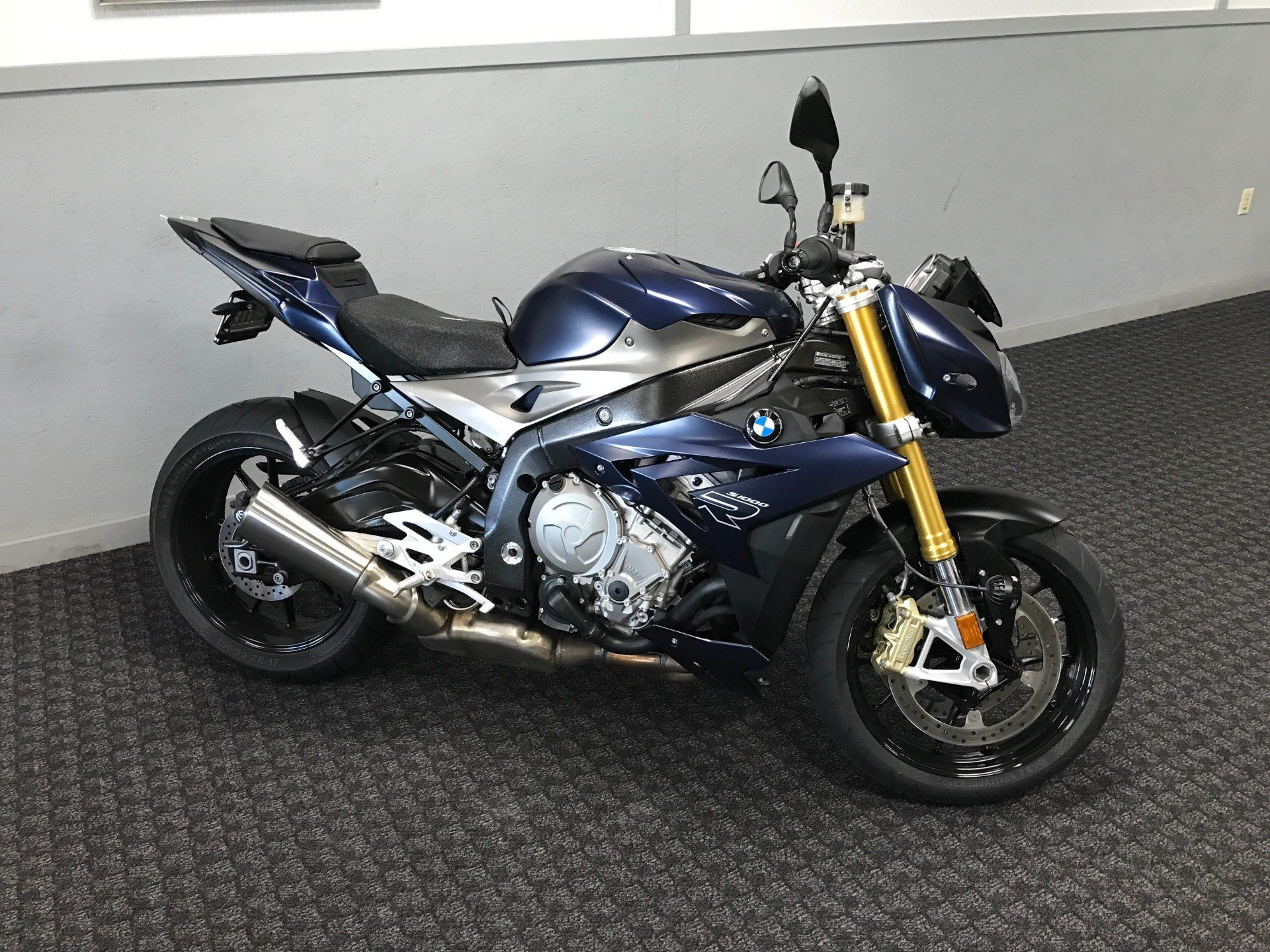 2015 BMW S 1000 R in Chico, California