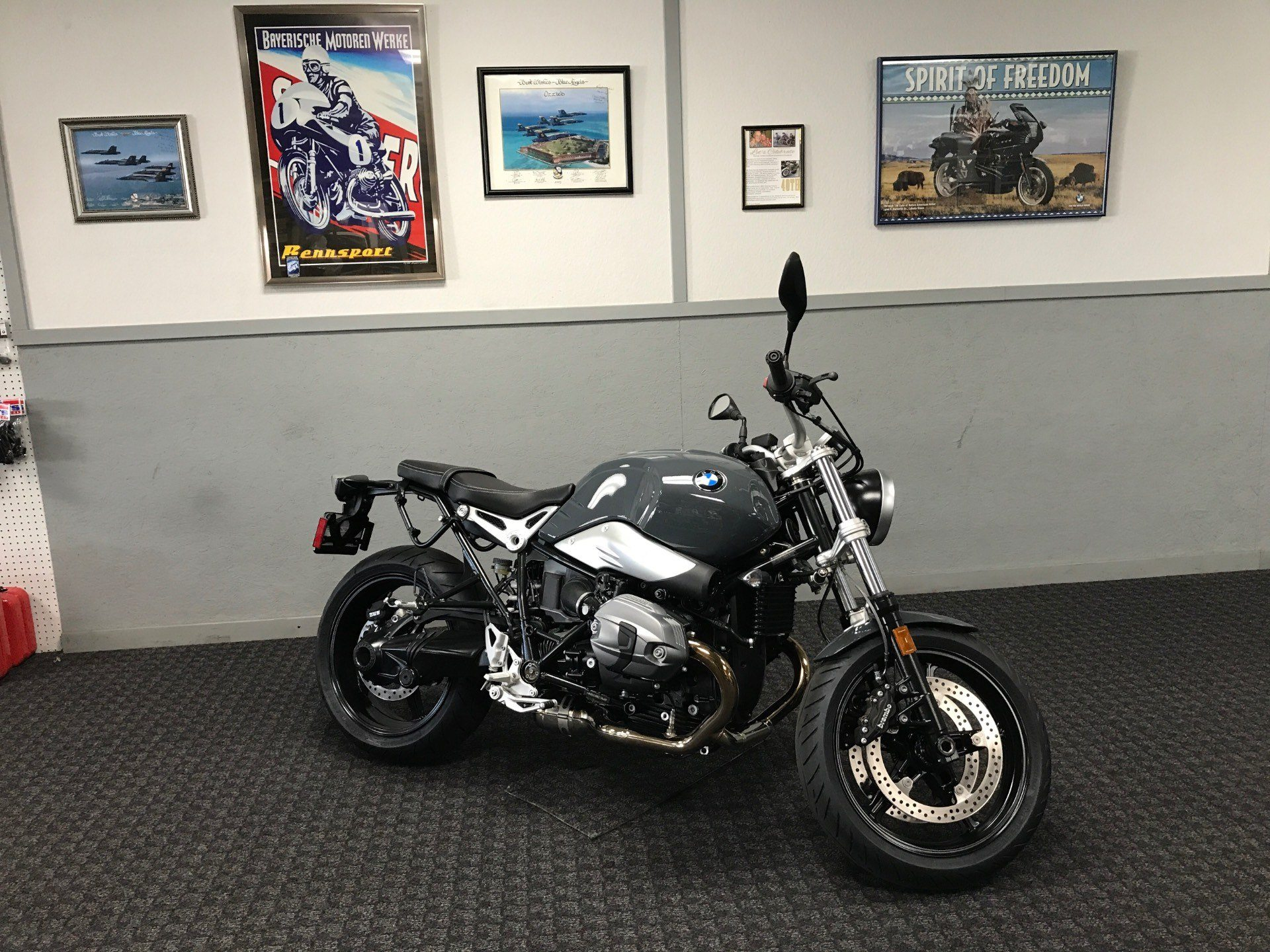 2017 BMW R nine T Pure in Chico, California