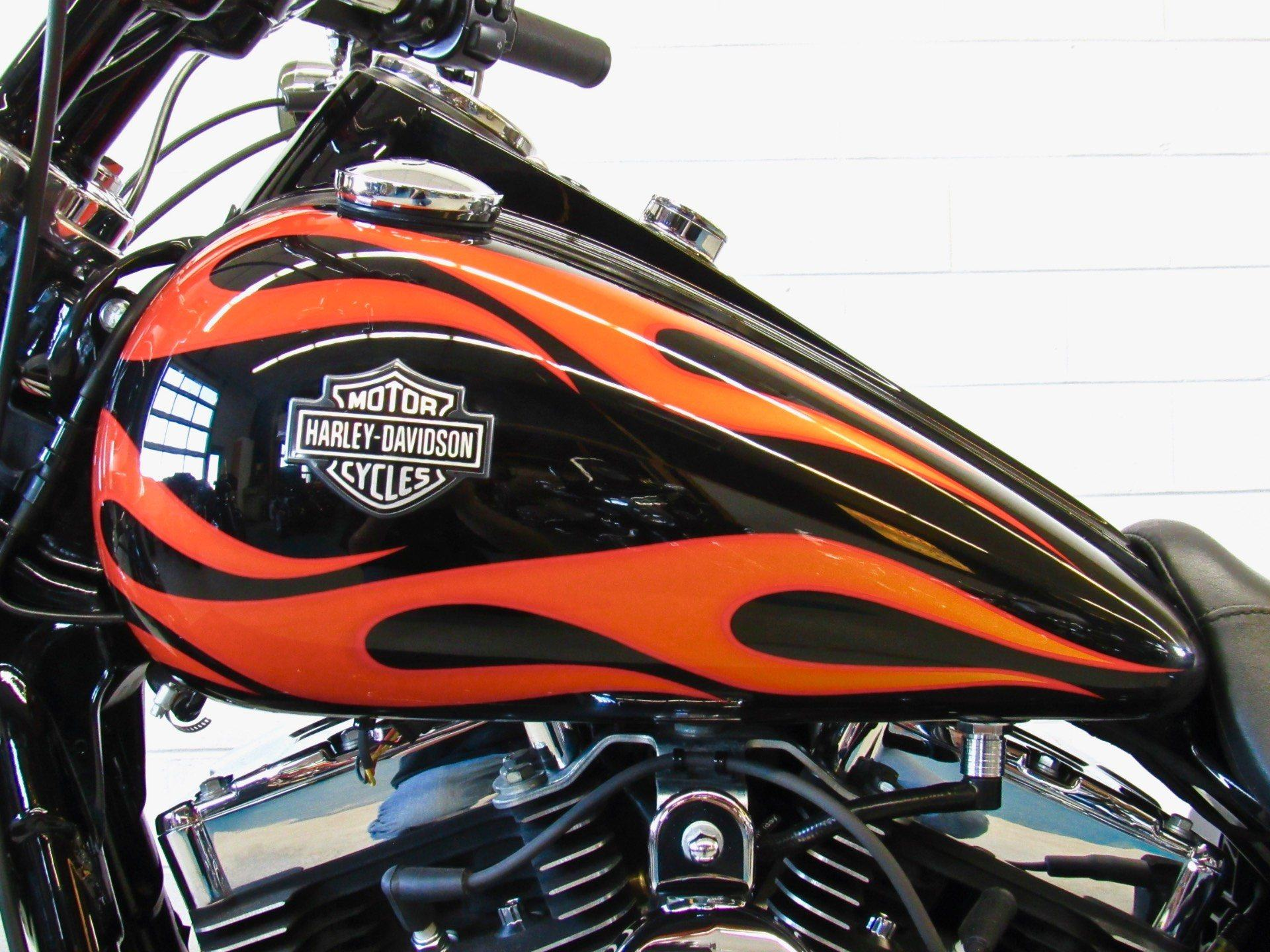 2012 Harley-Davidson Dyna® Wide Glide® in Fredericksburg, Virginia - Photo 18