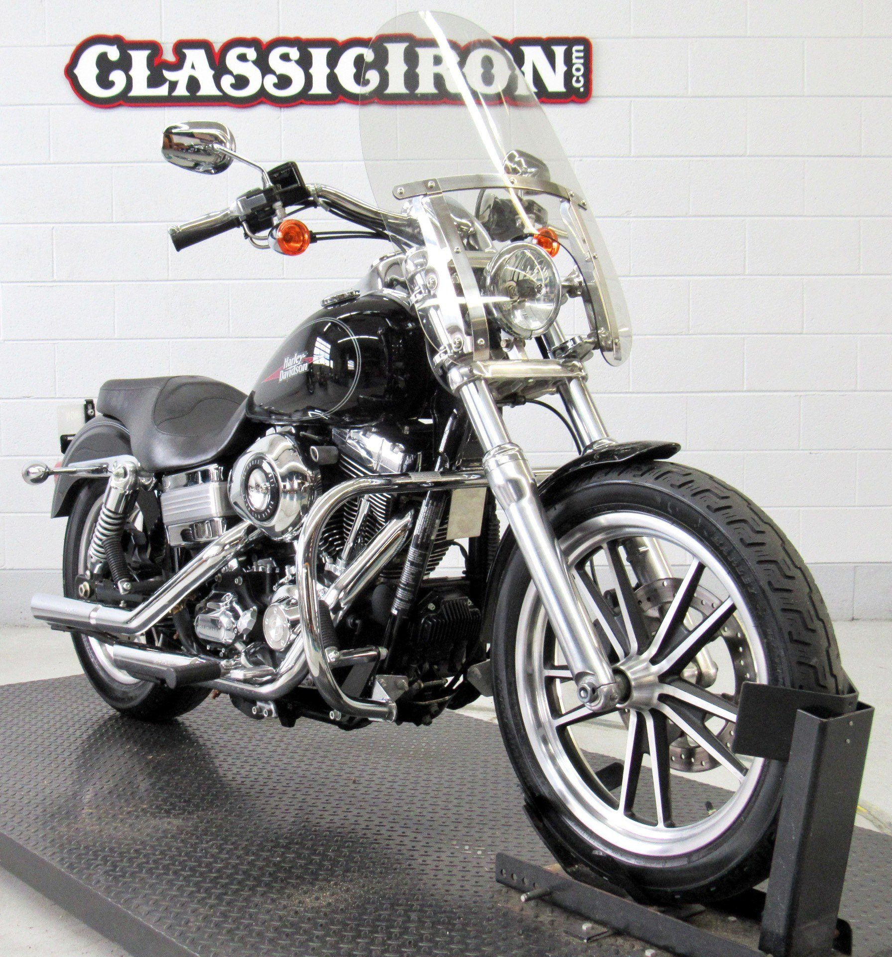 2009 Harley-Davidson Dyna® Low Rider® in Fredericksburg, Virginia