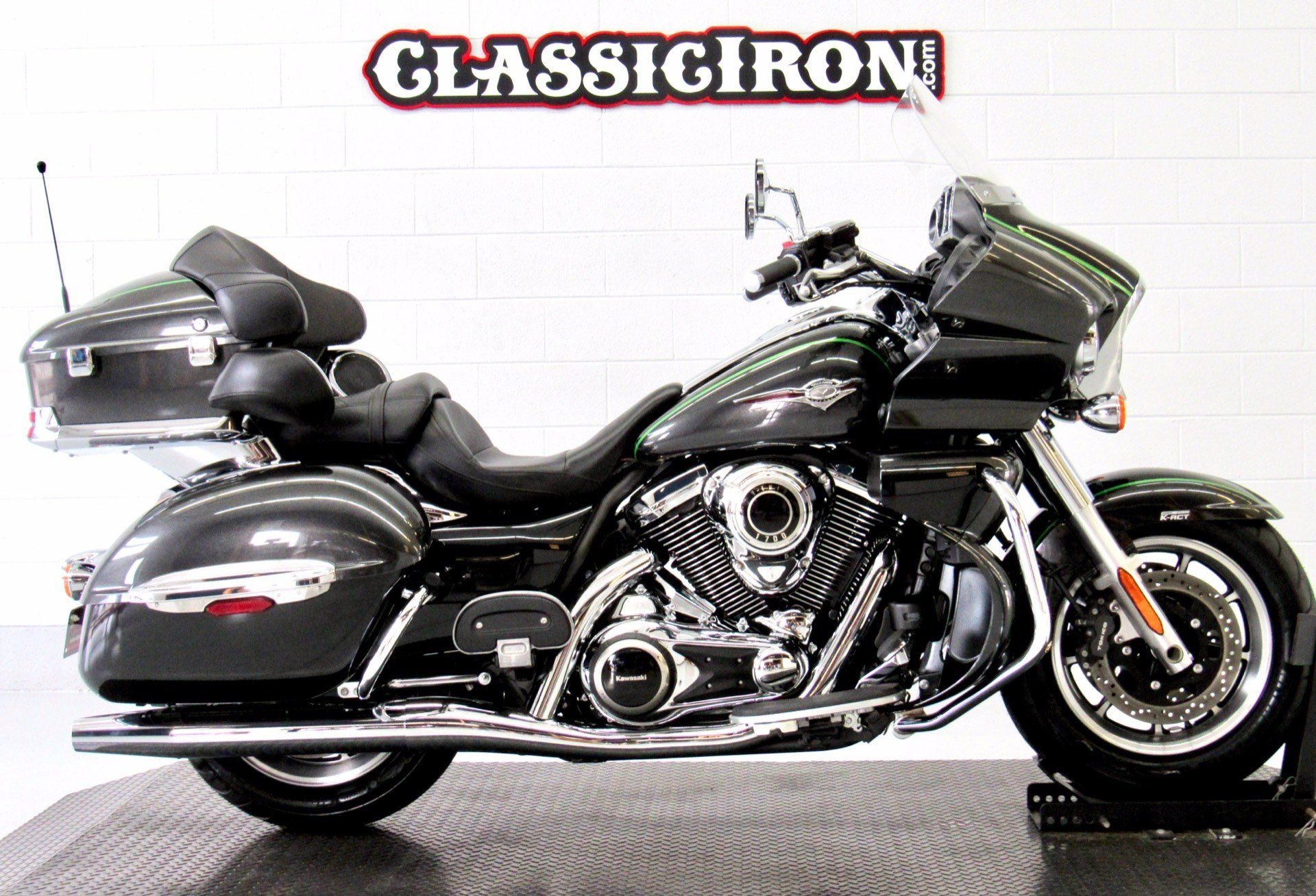 2015 Kawasaki Vulcan® 1700 Voyager® ABS in Fredericksburg, Virginia - Photo 1