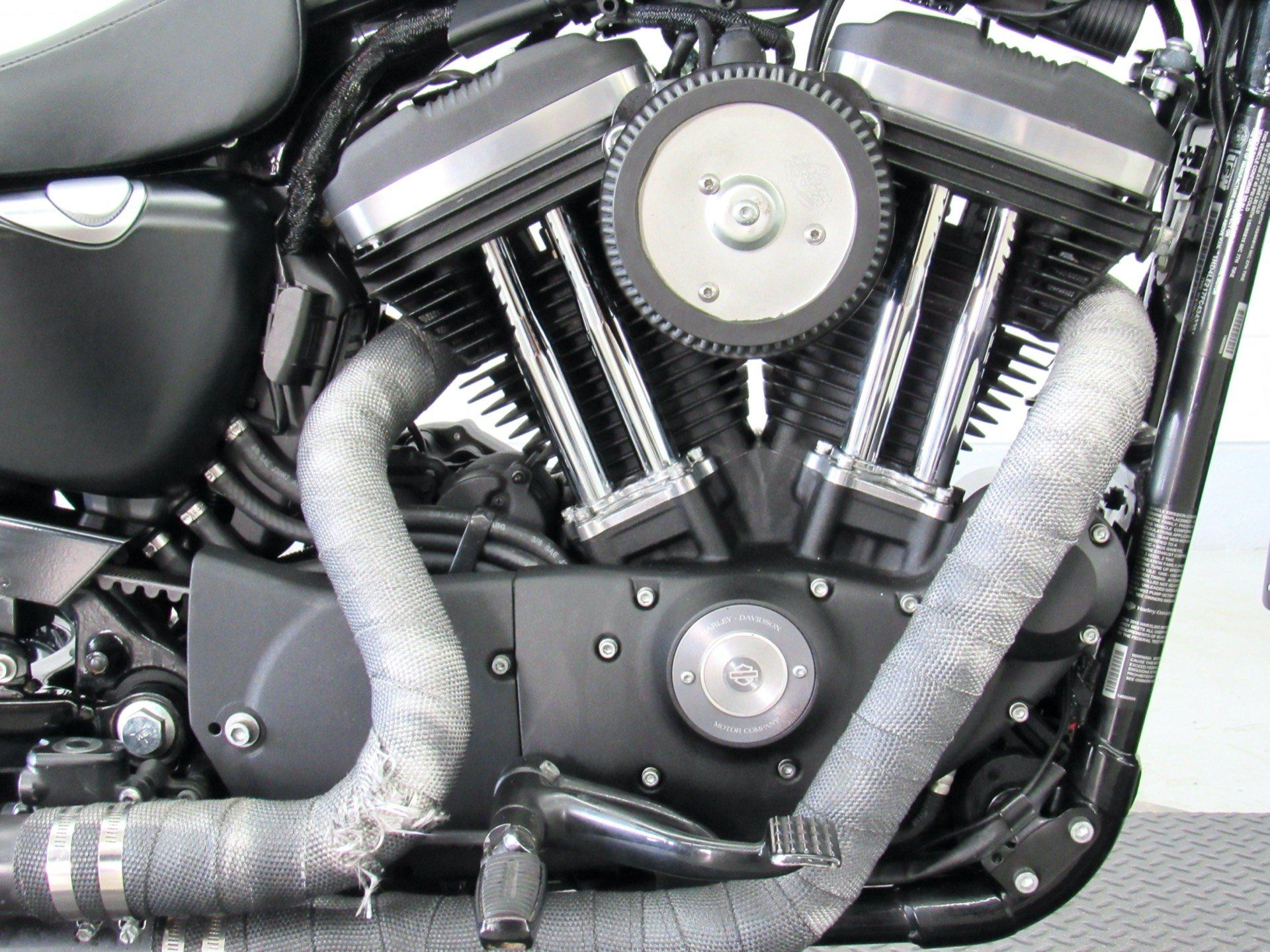 2015 Harley-Davidson Iron 883™ in Fredericksburg, Virginia - Photo 14