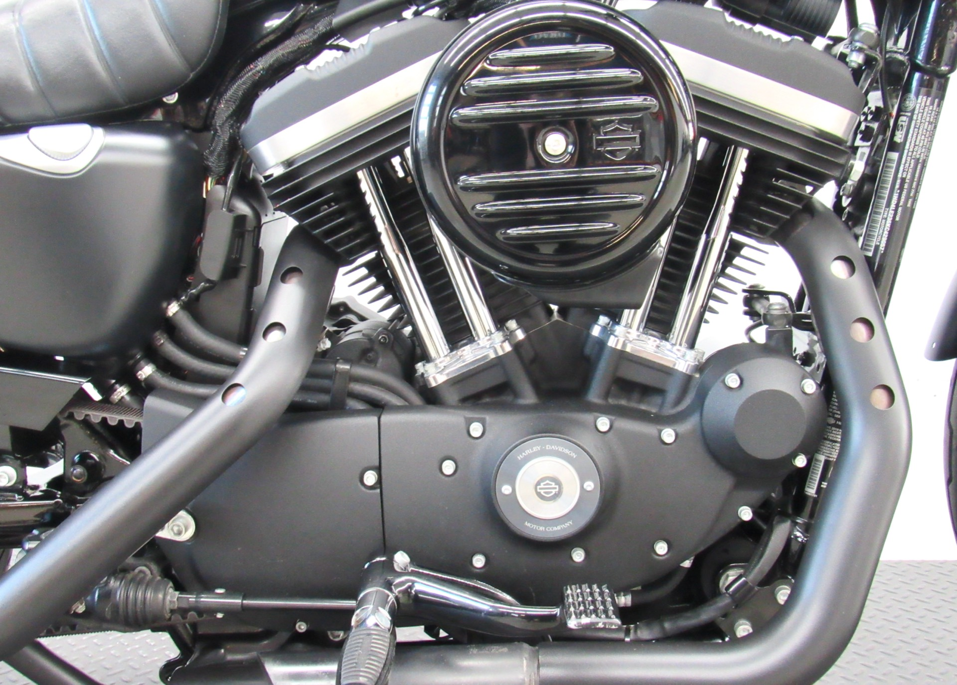 2019 Harley-Davidson Iron 883™ in Fredericksburg, Virginia - Photo 14