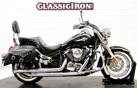 2011 Kawasaki Vulcan® 900 Classic SE in Fredericksburg, Virginia - Photo 1