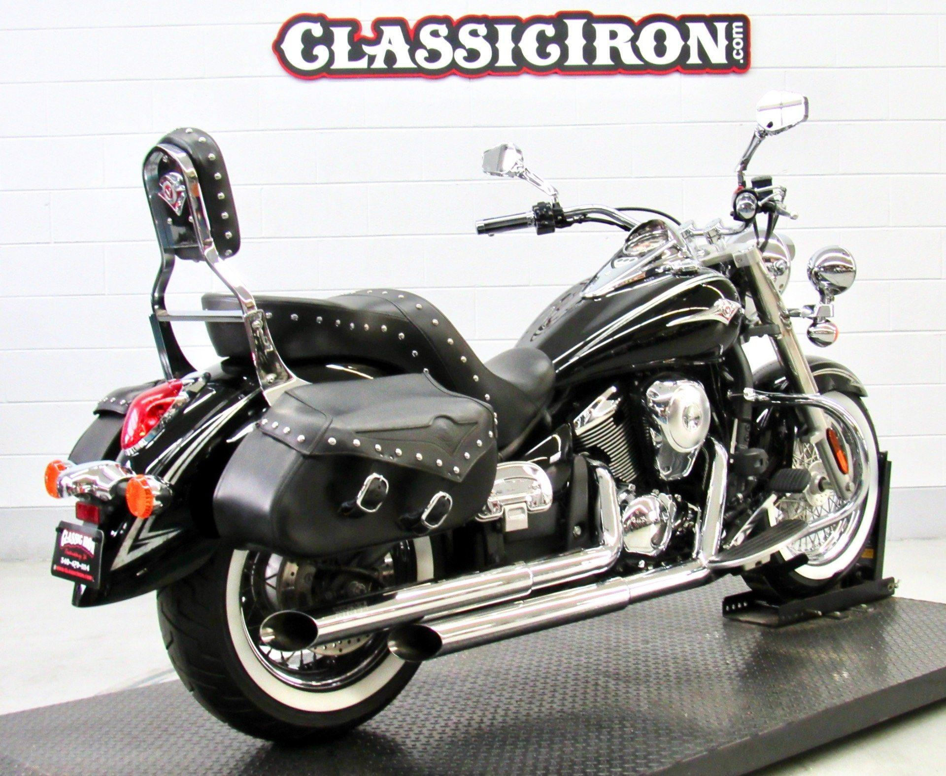 2011 Kawasaki Vulcan® 900 Classic SE in Fredericksburg, Virginia - Photo 5