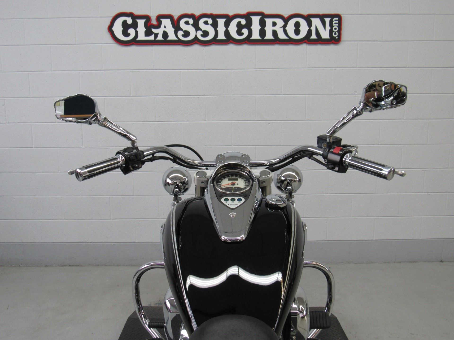 2011 Kawasaki Vulcan® 900 Classic SE in Fredericksburg, Virginia - Photo 10
